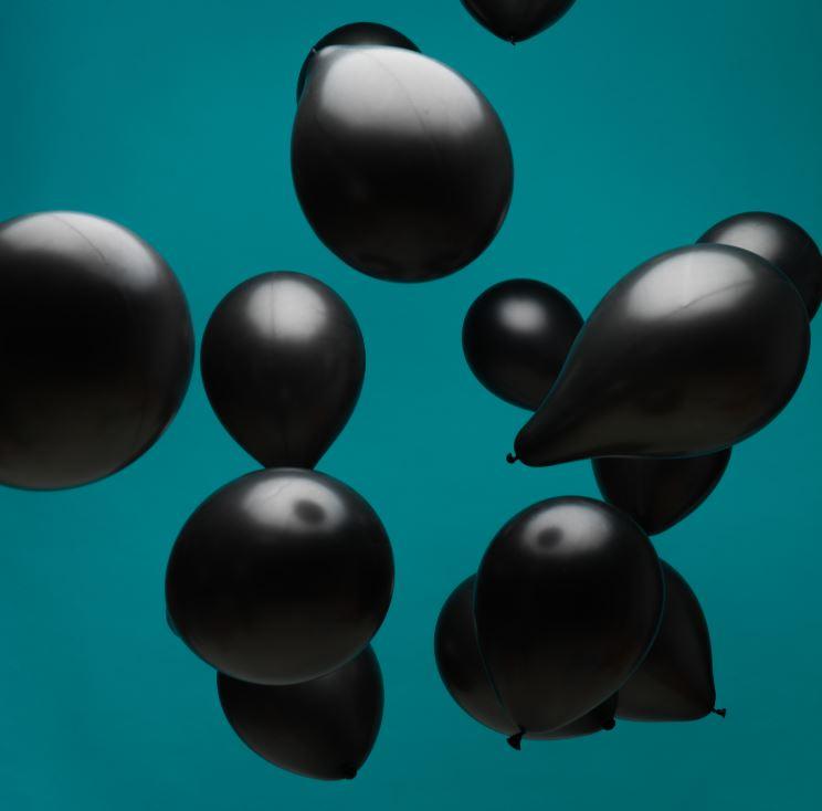 Celebra el Black Friday con globos personalizados
